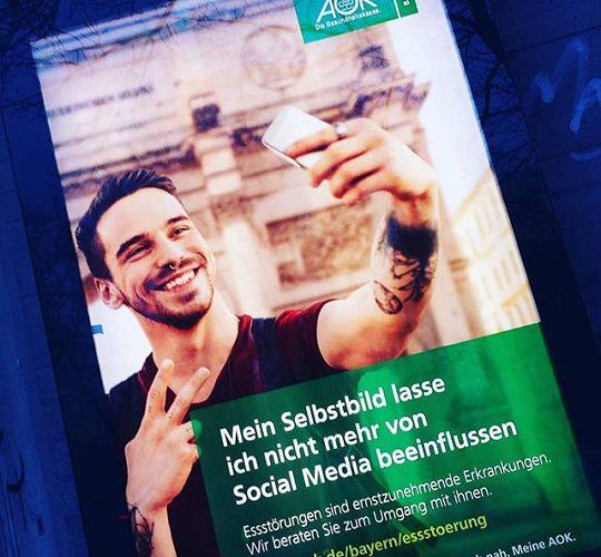 2017/09 (Anti-) Social Media